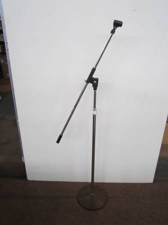Photo Vintage Realistic Microphone Stand Made in Taiwan - $60 (Green Island)