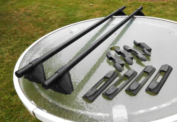 Photo Yakima Roof Rack for Honda CRV or Element fixed points - $185 (oneonta)