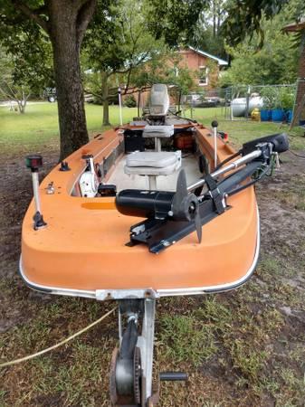Photo 14ft BASS Boat, Motor  Trailer - $3,000 (Jacksonville)