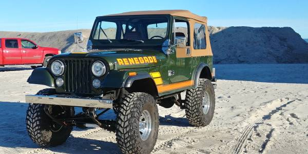 Photo 1983 Jeep Wrangler - $20000 (Sneads Ferry)