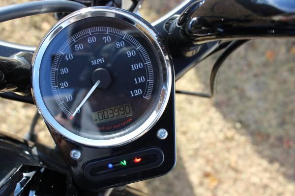 Photo 2013 Harley Davidson Blackline - $10,000 (Swansboro)