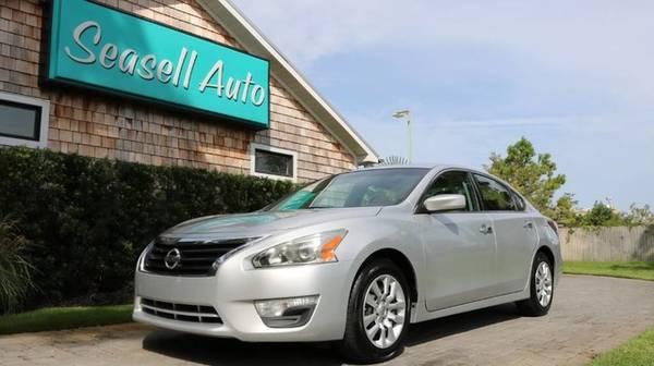 Photo 2014 Nissan Altima - - $6,440 (2014 Nissan Altima Seasell Auto)