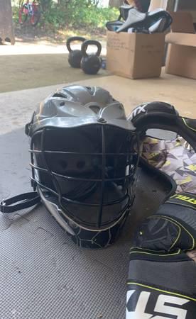 Photo Lacrosse helmet, pads, wrestling shoes, soccer cleats  - $75 (Newport)