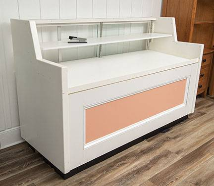 Photo Large Retail Display Case - $200 (Swansboro)