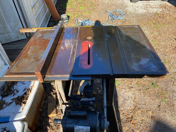 Photo Vintage Craftsman 10quot Tablesaw - $200 (Sneads Ferry)