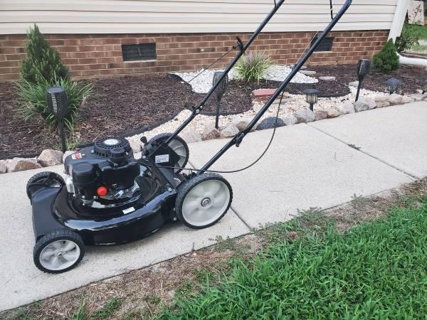 Photo Yard Machines 21in Push Mower - $145 (Wendell)