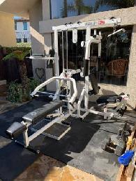 home gym paramount ct 20 plus  200 saint leonard