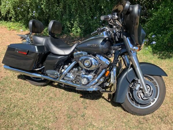 Photo 07 Harley Davidson Street Glide 15k miles Like New - $10,100 (OBO Jurupa Valley)