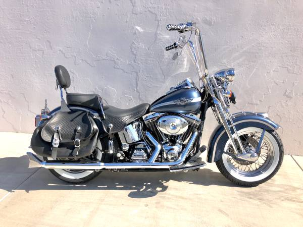Photo 2003 Harley Softail Heritage Springer FLSTS only 9,500 miles new tires - $10500