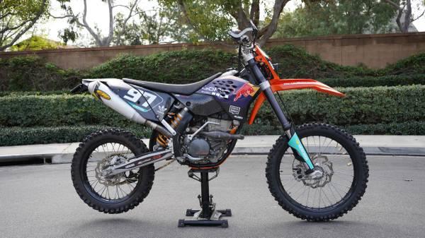Photo 2008 KTM 250 XC-F Street Legal California Plated Dirt Bike EXC EXC-R - $6,750 (Irvine)