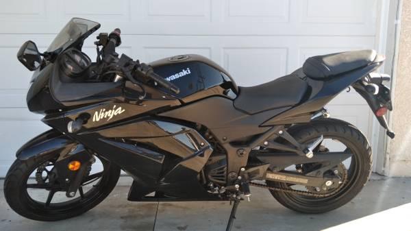 Photo 2008 Kawasaki Ninja 250R - $2,999 (Garden Grove)