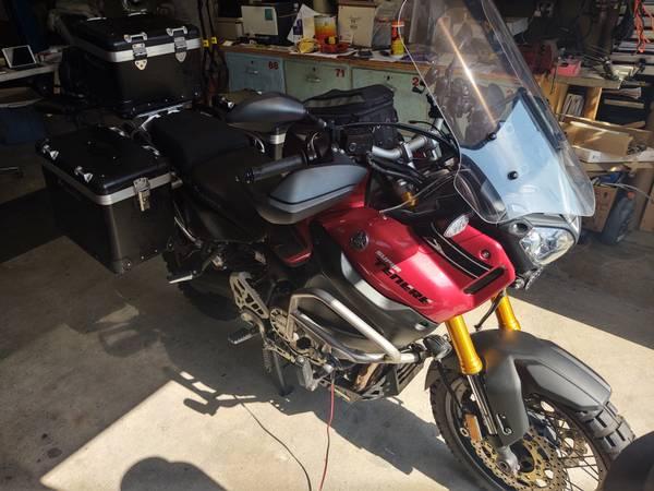 Photo 2015 Yamaha Super Tenere - $16,500 (Santa Ana)