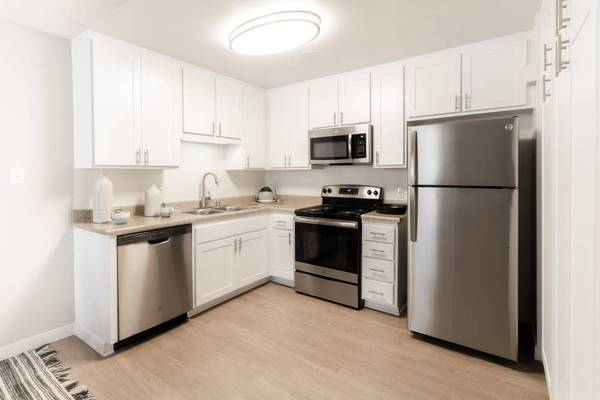 Photo 2 Bedroom Home with Modern Upgrades (2459 Corte Merlango San Clemente, CA)