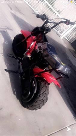 Photo 80cc mini dirt bike gas power 4 stroke pocket bike pit motorcycle - $500 (Santa Ana)