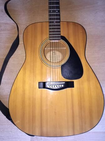 Photo 9039s Yamaha FG-400A Acoustic Guitar - $140 (Fountain Valley)