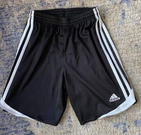 Photo ADIDAS youth soccer shorts - 5 pairs - $25 (Laguna Niguel)