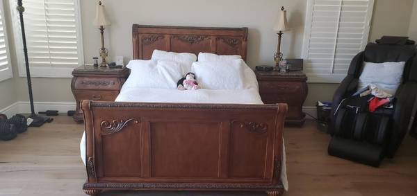 Photo Bedroom Furniture (Bed Frame, Dresser, Night Stands, Armoire) - $750 (Trabuco Canyon, CA)