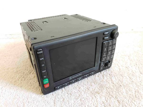Photo Car Audio for Mercedes Benz in excellent condition - $100 (O.C.)