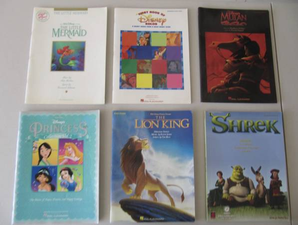 Photo Disney Movie Songbooks and other kids music books - $25 (Dana Point)