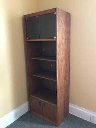 Photo FREE Bookshelves Cabinets (Santa Ana)