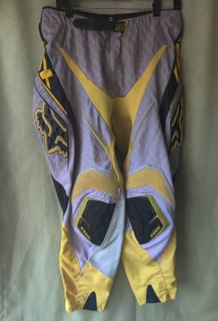 Photo Fox Blitz Sz 34 Yellow, Gray  Black Dirt BikeMotorcycle Riding Pants - $20 (Downtown Huntington Beach)