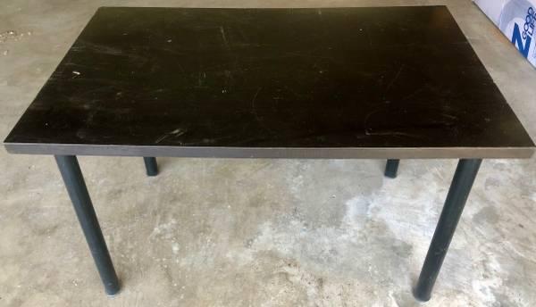 Photo Free IKEA Table - Must Go (Santa Ana)