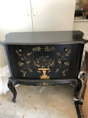 Photo Free Japanese dresser and 2 decorative boxes San Clemente (San Clemente)