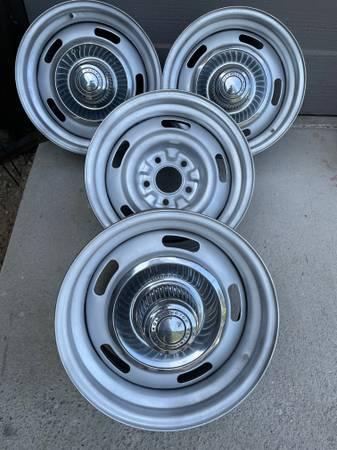 Photo GM Chevy Rally wheels Chevrolet 15x7 - $425