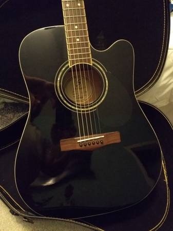 Photo Greg Bennett Acoustic Electric Guitar - $45 (Aliso Viejo)