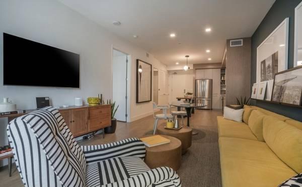 Photo Heart of East Village Furnished 1 Bedroom, Flexible Lease, Walk 2 Park (East Village San Diego)