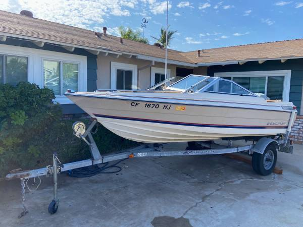 Photo Just Serviced - 1539 Bayliner Boat, 135HP Outboard, Trailer OBO - $5,199 (Clairemont)