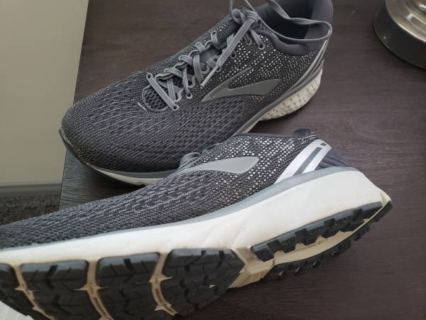 Photo Like New Brooks Men39s Ghost 11 Wide2E Running Shoes Retail $119.99 - $50 (San Clemente)