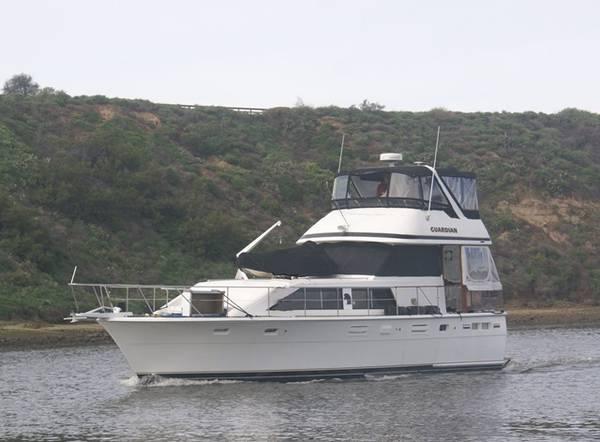 Photo Magnificent Trojan Motor Yacht - $109,000 (Huntington Beach)