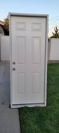 Photo Masonite Right Hand Inswing 32x80 Steel Door W New Frame - $130 (Anaheim)