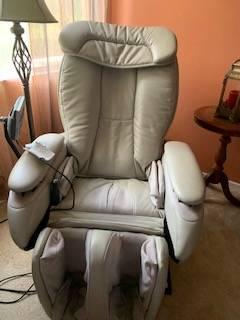 Photo Massage chair Panasonic highest quality - $449 (Irvine, Turtle Rock)
