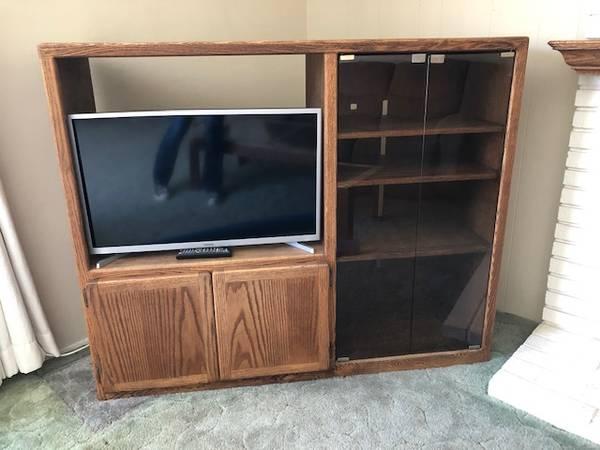 Photo Media console TV cabinet gaming center (Garden Grove)
