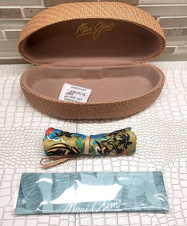 Photo New Maui Jim Hard Case Clamshell, Floral Cleaning Cloth, Floral Pouch - $28 (Irvine Ca)