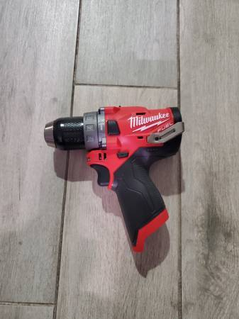 Photo New Milwaukee FUEL 12-Volt Brushless 12 in. Hammer Drill (2504-20) - $80 (Santa Ana)