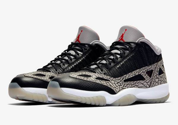 Photo Nike Air Jordan 11 Retro Low IE Black Cement Brand New DS - $200 (Cypress)