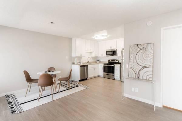 Photo One Bedroom Home in-home WasherDryer (2459 Corte Merlango San Clemente, CA)