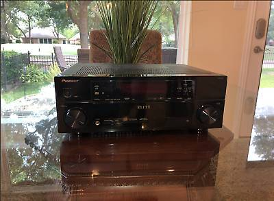 Photo Pioneer Elite VSX-30 7.1-Channel Networked Home Theater Receiver. - $180 (Garden Grove)