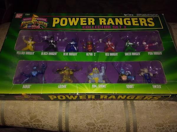 Photo Power Rangers  Action Figure Set... Includes 12 action figures - $25 (Orange)