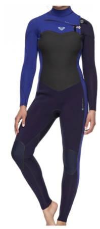 Photo Roxy 32 mm Performance Chest Zip Full Surf Wetsuit Womens Size 10 - $140 (Huntington Beach)