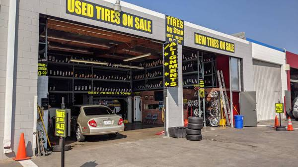 Photo SPECIAL SALE 205-55-16 SET OF 4 NEW GOODYEAR TIRES$280  TAX - $280 (van Nuys)