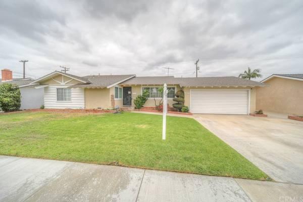 Photo The Perfect Home - Home in Anaheim. 3 Beds, 2 Baths (Anaheim)
