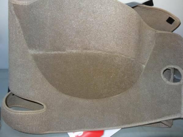 Photo VW jetta gli dash carpet - $25 (Anaheim)
