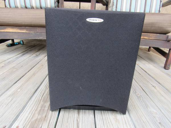 Photo Velodyne DLS 3500 Subwoofer Works Great - $150 (Huntington Beach)