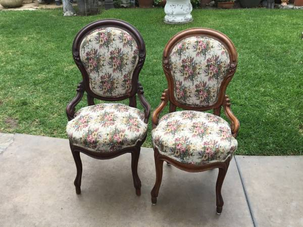 Photo Victorian style chairs - $180 (Orange county)