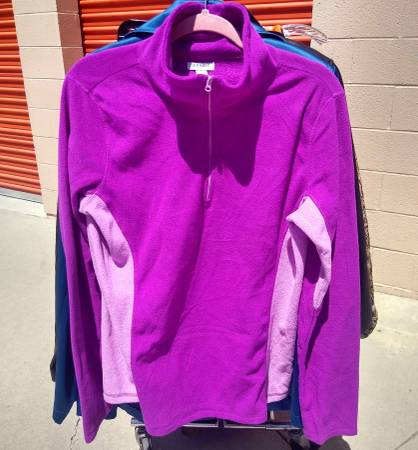Photo Women39s old navy jacket size l - $4 (Santa Ana)