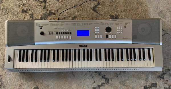 Photo Yamaha DGX-230 portable grand keyboard - $250 (Laguna Hills)
